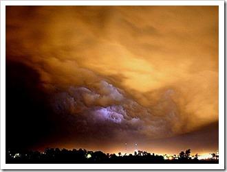 گرد باد وطوفان پرویز (5)